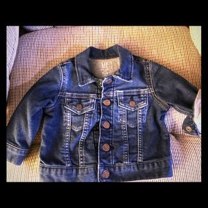 BABY GAP - 6-12m Denim Jacket - almost new!